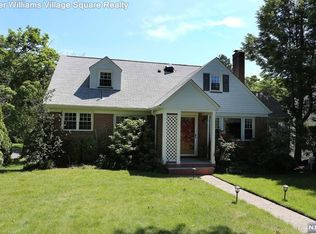 27 Sandford Rd , Fair Lawn NJ