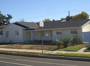 22352 Roscoe Blvd , Canoga Park CA