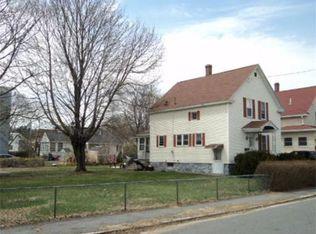 108 Endicott St , Lowell MA