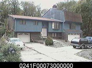 2845 Homestead Duquesne Rd , West Mifflin PA