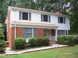 407 Cedarwood Dr , Jamestown NC