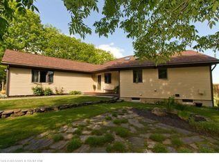 16 Dodge Mountain Rd, Rockland, ME 04841