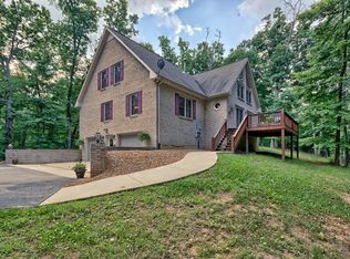 395 Watercolor Dr, Sparta, TN 38583