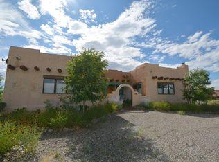 10 Camino De Los Arroyos , Ranchos De Taos NM