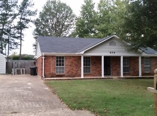 879 Hunters Retreat Dr , Collierville TN