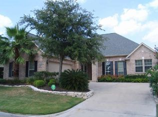 Louvre Ln, Houston, TX 77082