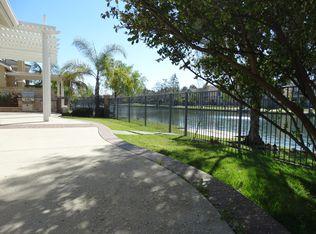 32 Lakeside Dr, Buena Park, CA 90621
