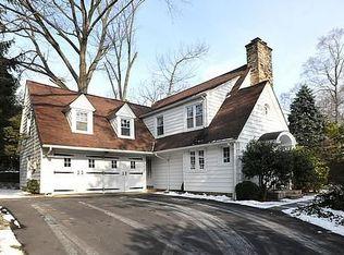 1785 Brook Rd , Abington PA