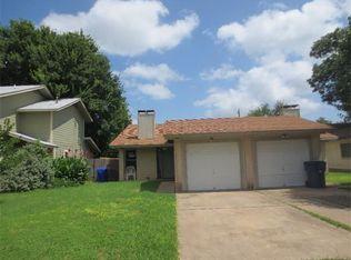 416 Linden St , Bastrop TX
