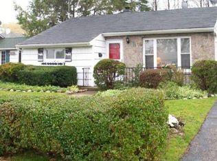 4260 Clarissa Rd , Bethpage NY