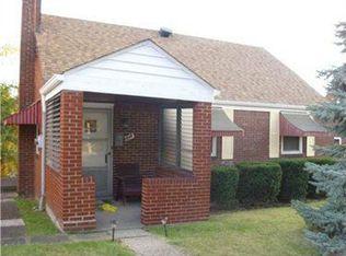 1348 Coronado Dr , McKeesport PA
