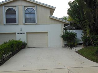 12760 Woodmill Dr , Palm Beach Gardens FL