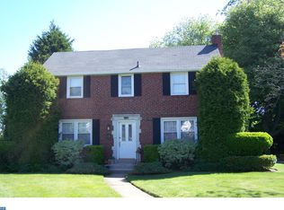 537 Sherman Rd , Springfield PA