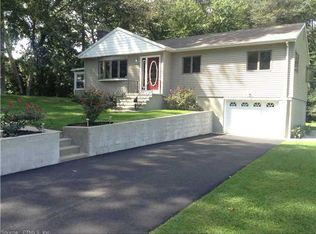 38 Patricia Ct , Gales Ferry CT