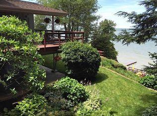 30422 Lake Rd, Bay Village, OH 44140