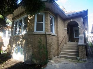 3123 N Parkside Ave , Chicago IL