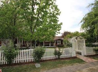 5439 Penfield Ave , Woodland Hills CA