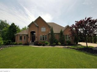 3535 Hawthorne Trl, Broadview Heights, OH 44147
