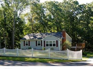 65 Whalehead Rd , Gales Ferry CT