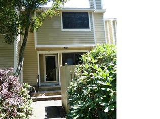34 Ives Hill Ct Unit 34, Cheshire CT