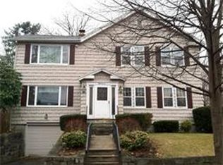 57 Pentucket Ave , Lowell MA
