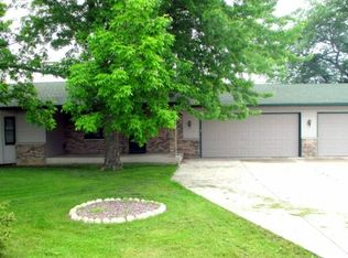 1836 County Road 6 NW , Annandale MN