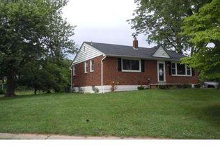 2906 Keenwood Rd , Norristown PA