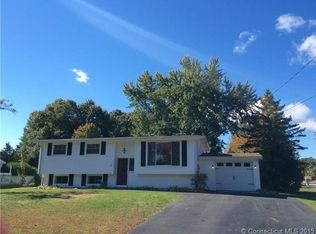 31 Meeting House Ln , Ledyard CT