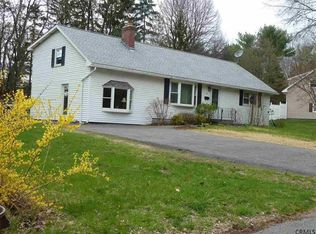 32 Witte Rd , Albany NY