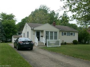 5948 Porter Rd , North Olmsted OH