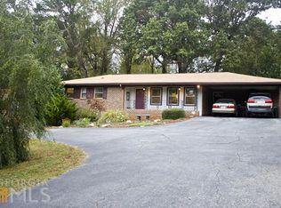 642 Oak Rd , Lawrenceville GA
