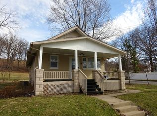 304 N 20th St , East Moline IL