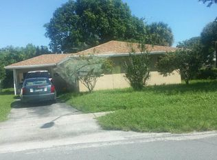 1449 11th St , West Palm Beach FL