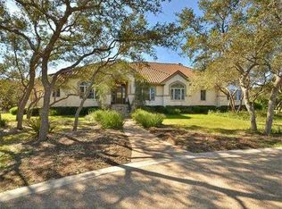 8 Club Estates Pkwy, The Hills, TX 78738