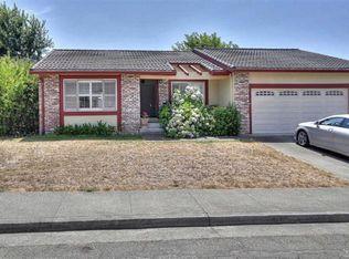 114 Greenridge Ct , Petaluma CA