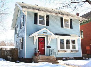 1622 Irving Ave N , Minneapolis MN