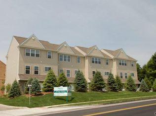 12 Clapboard Ridge Rd , Danbury CT
