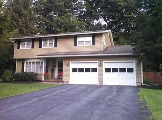 135 Sagamore Dr S , Liverpool NY