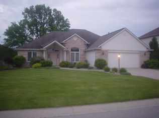 1207 Bluff Pointe Way , Fort Wayne IN