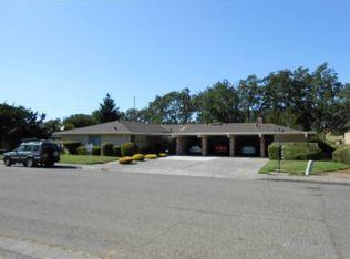 181 White Oak Dr , Santa Rosa CA