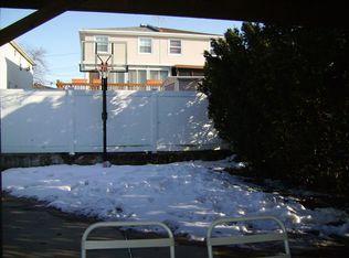 530 Lynn St , Staten Island NY
