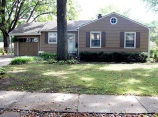 7115 Linden St , Prairie Village KS