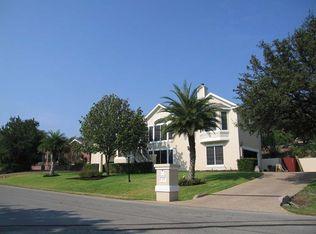 105 Long Wood Ave , Lakeway TX