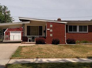 22731 Sunnyside St , Saint Clair Shores MI