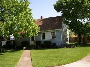 18569 Kalvin Dr , Brook Park OH