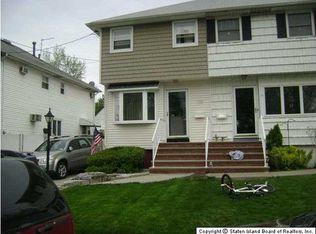 218 Robinson Ave , Staten Island NY