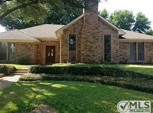 2107 Chestnut Hill Ln , Richardson TX