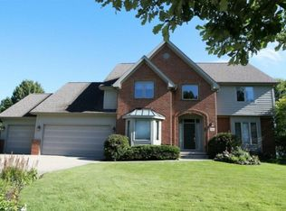 948 Wake Dr, Westerville, OH 43082