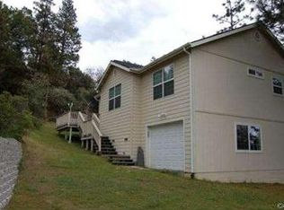 42504 Buckeye Rd , Oakhurst CA