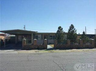 348 Lucero Ln , El Paso TX